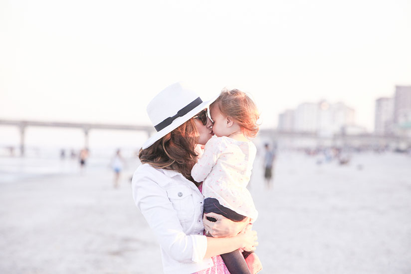 Amy West and daughter on Jacksonville Beach