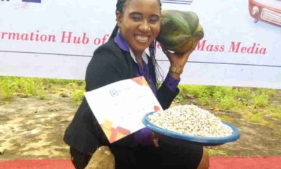 Best Student Awarded Yam, 18 Cups Of Beans In Anambra (Photo)