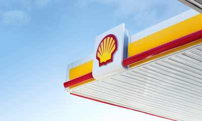Two Shell oil workers kidnapped in Nigeria's restive oil-rich south have been freed, six days after they were seized by gunmen who killed their guard and driver, police said Wednesday.