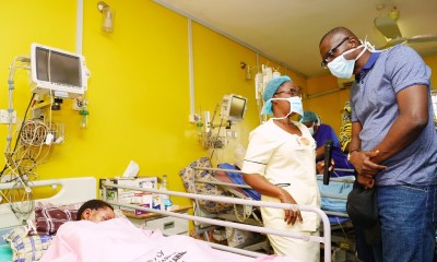 Lagos State Governor, Mr. Babajide Sanwo-Olu, on Wednesday visited victims of the recent Ijegun pipeline fire incident who are receiving treatment at the Trauma and Burns Unit of the Gbagada General Hospital.