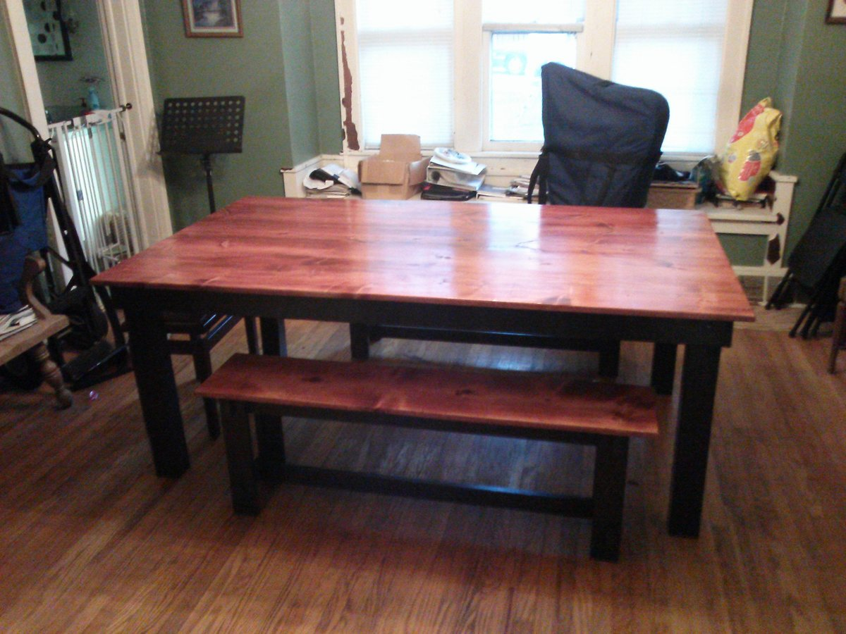 Rustic Table W/ Two Tone Finish - DIY Projects