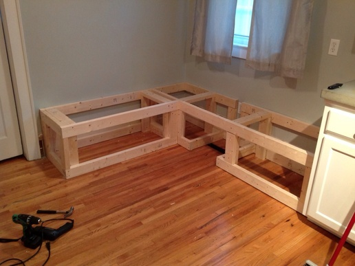 DIY Breakfast Nook With Storage - DIY Projects