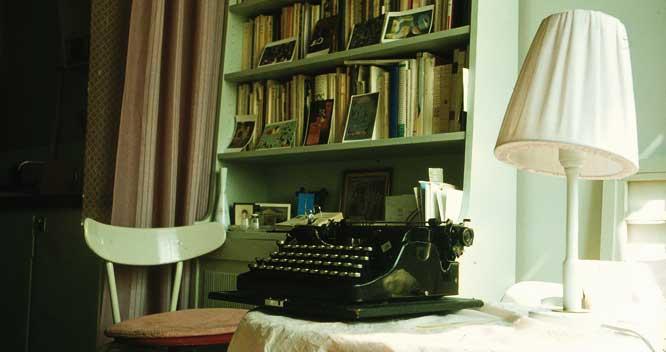 2010_sachs-typewriter2