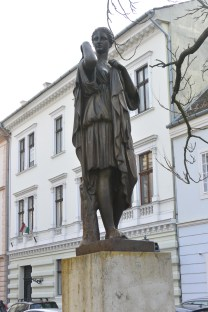The Vár