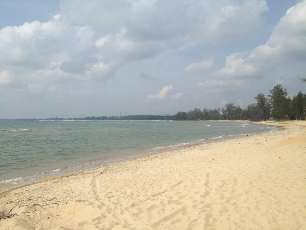 bezkresna plaża w Cherating