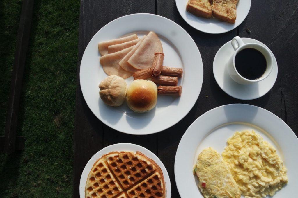 Beachfront Restaurant_Breakfast
