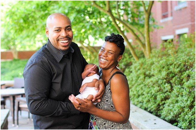 At home family portrait with newborn | Ana Isabel Photography | Washington DC photographer 15