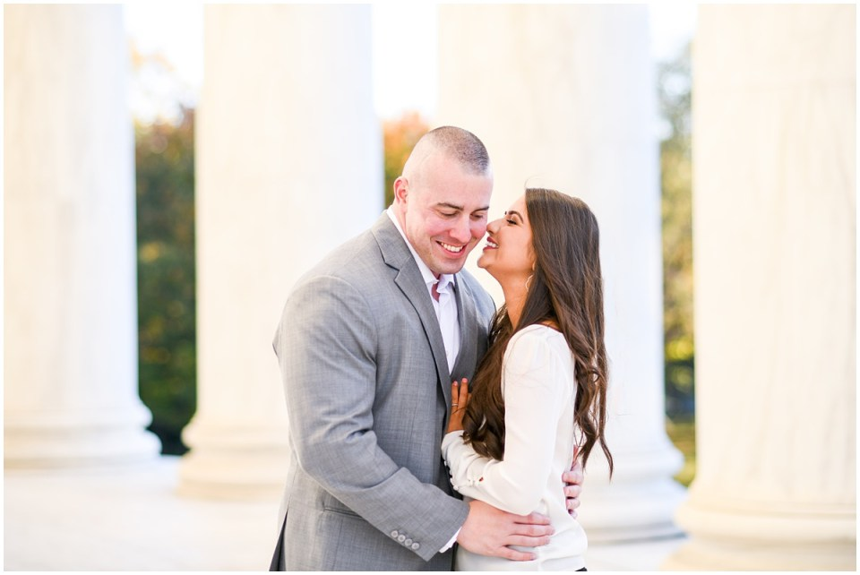 Washington DC engagement photographer at Jefferson Memorial | Ana Isabel Photography