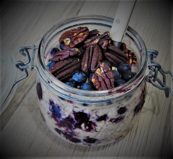 blueberry overnight oat