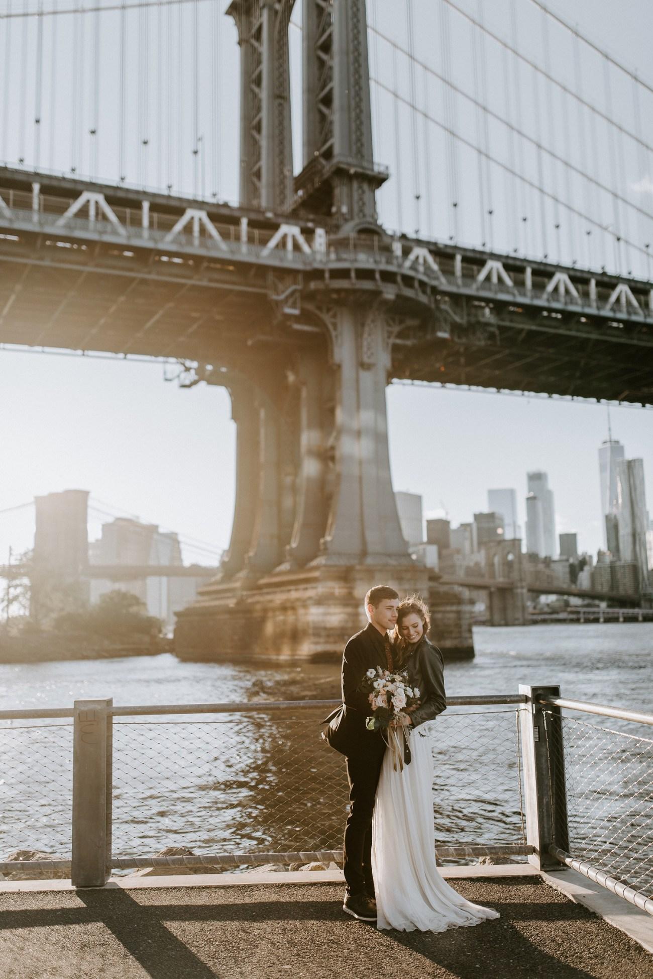 Brooklyn Dumbo sunset elopement by the Manhattan Bridge. Anais Possamai Photography, New York wedding photographer. Brooklyn elopement photographer, NYC elopement photographer.