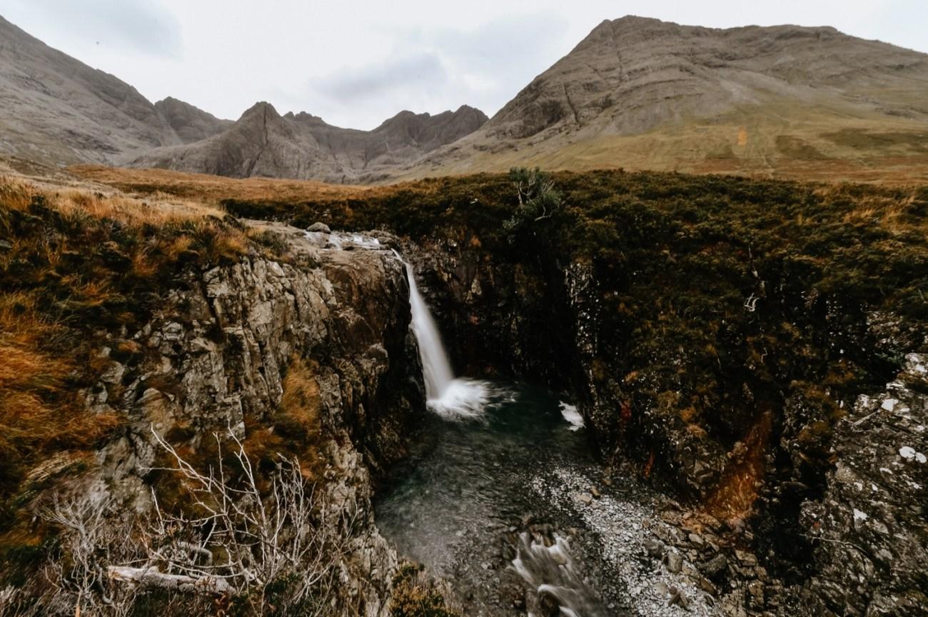 45 Isle Of Skye Elopement Photographer Scotland What To Do Isle Of Skye Scotland Adventurous Elopement