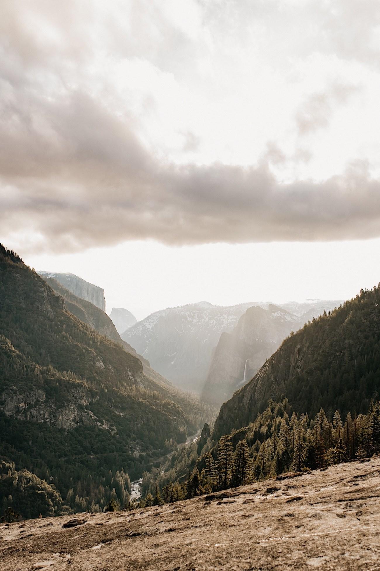 Yosemite National Park Enagement Session California Wedding Photographer 09