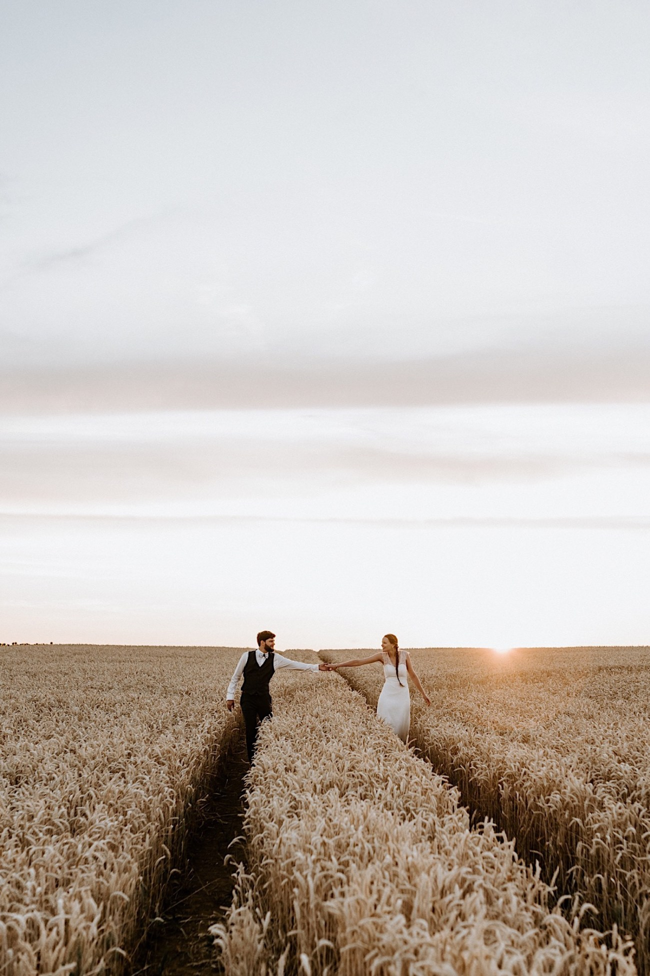 France Wedding Wheat Field Wedding Photos Paris Wedding Photographer 044