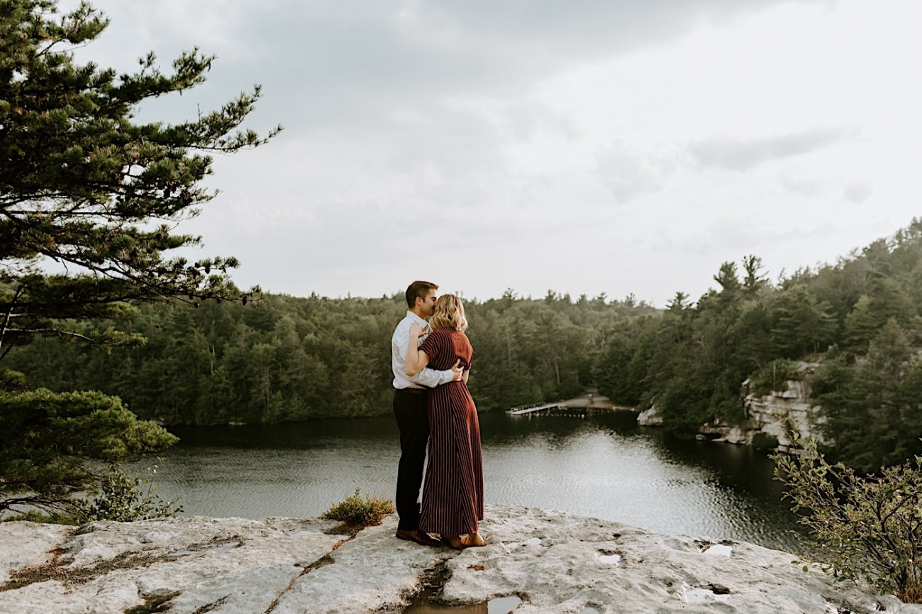 Minnewaska Engagement Session New York Wedding Photographer Hudson Valley Wedding Catskill Weddingphotographer 01