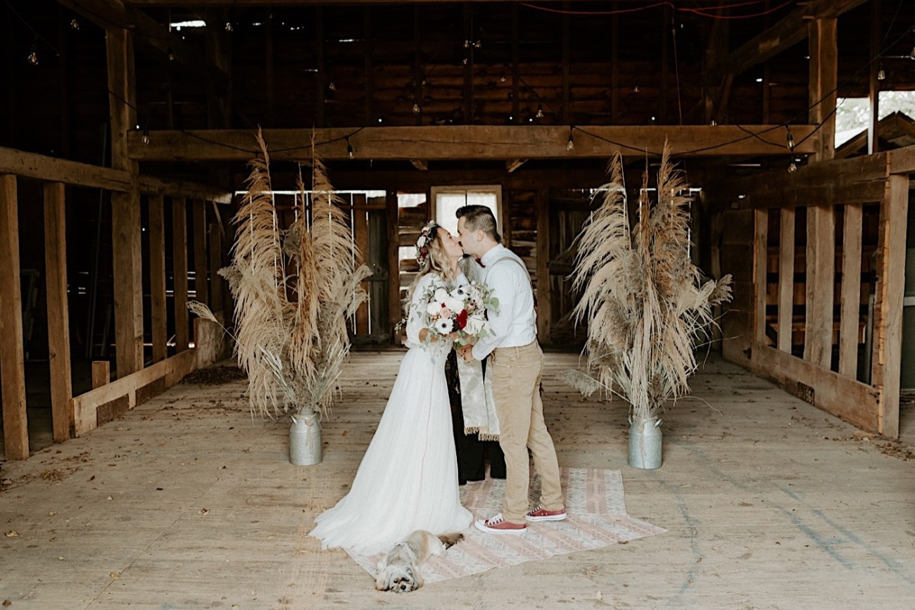 Barn Wedding New Jersey Wedding Boho Bride NJ Wedding Photographer 006