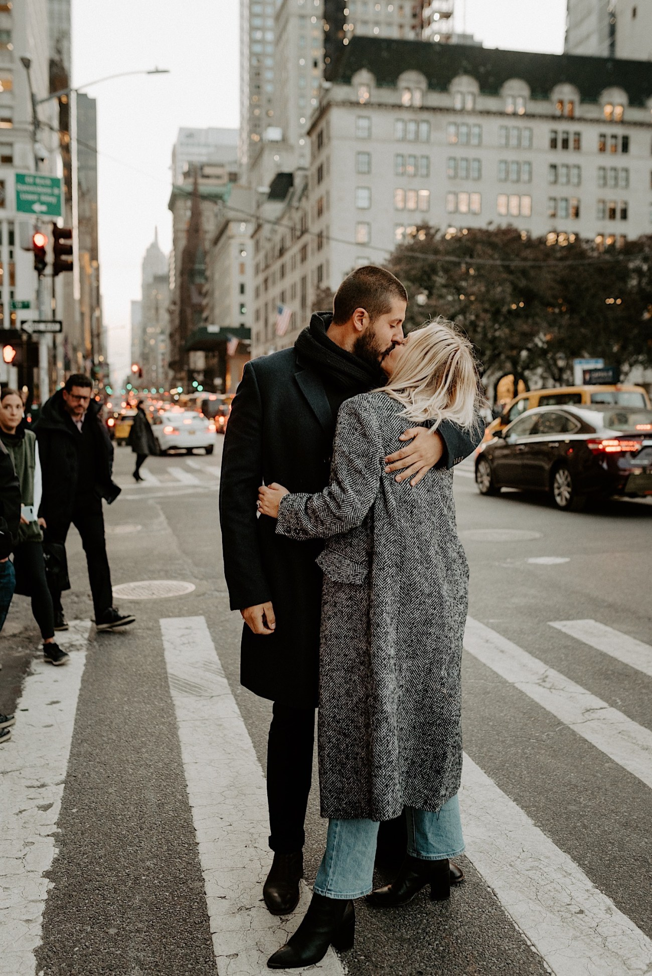 Manhattan Engagement Photos NYC Wedding Photographer New York Elopement Photographer 09