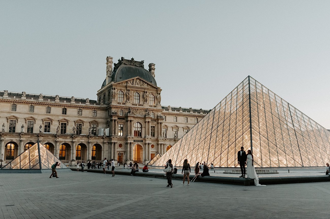Paris Louvre Wedding Photos Paris Wedding Photographer Destination Wedding France Anais Possamai Photography 23