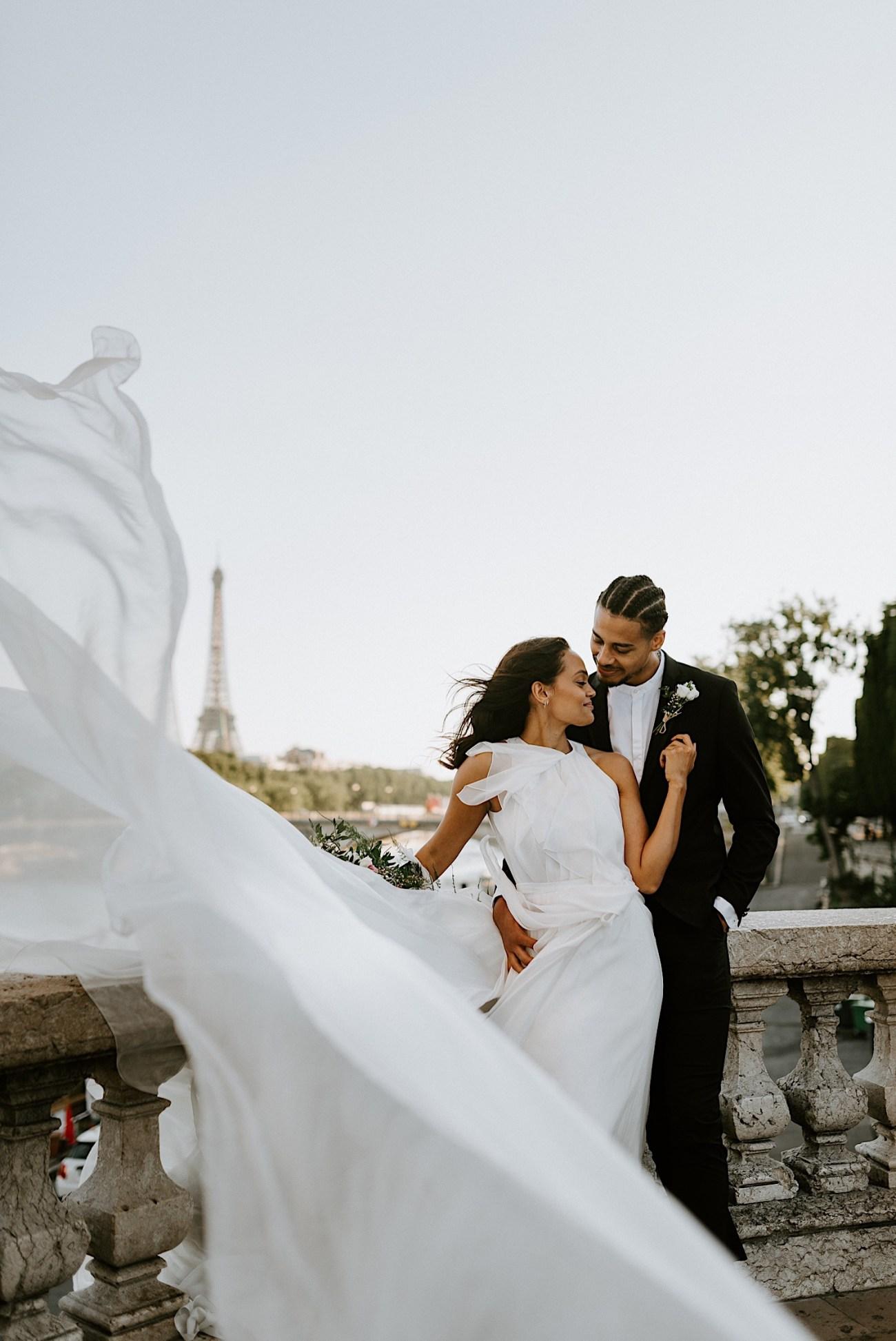 Paris Wedding Photos Paris Wedding Photographer Paris Photographe De Marriage Pont Alexandre Wedding Photos Anais Possamai Photography 16