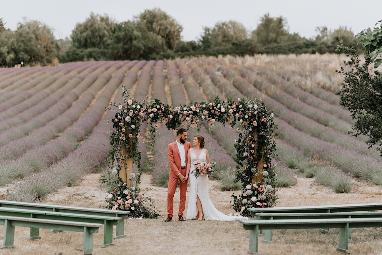 Terre Ugo Un Marriage En Provence Lavender Field Wedding French Wedding Provence Wedding Destination Wedding France Photographe De Marriage Provence France Anais Possamai Photography 24