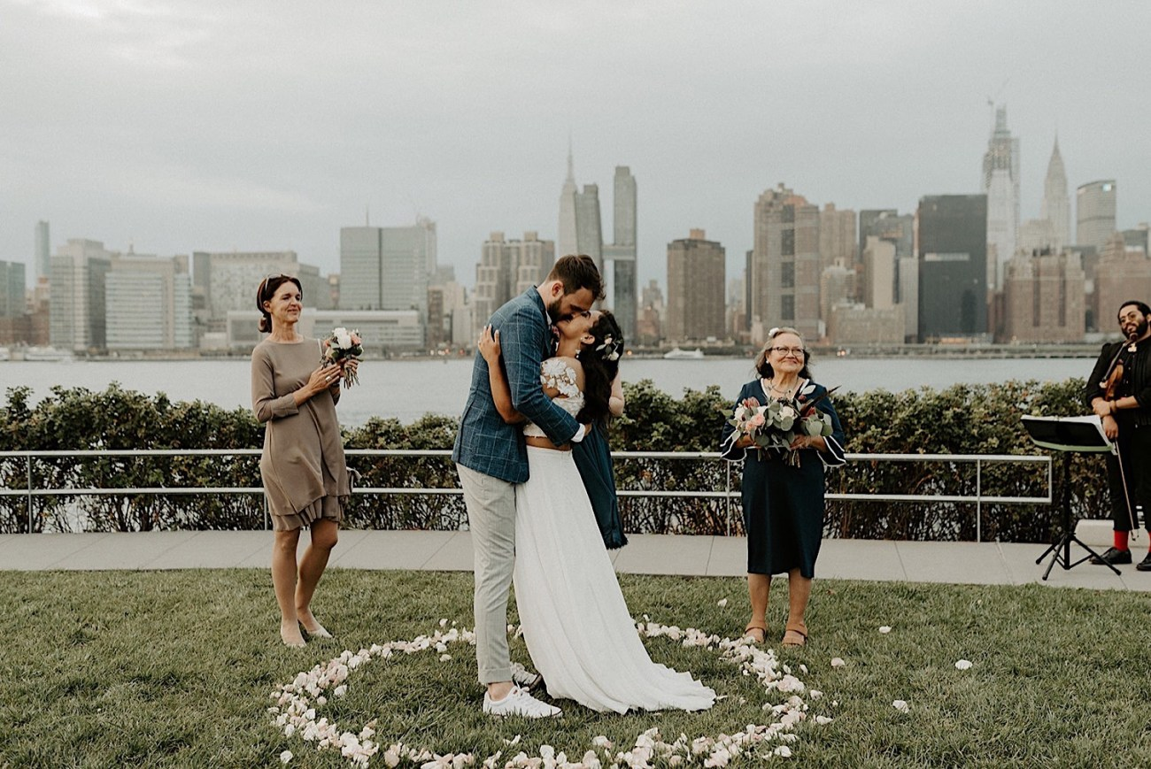 154 Brooklyn Rooftop Wedding New York Wedding Photographer Brooklyn Dumbo Elopement LIC Elopement