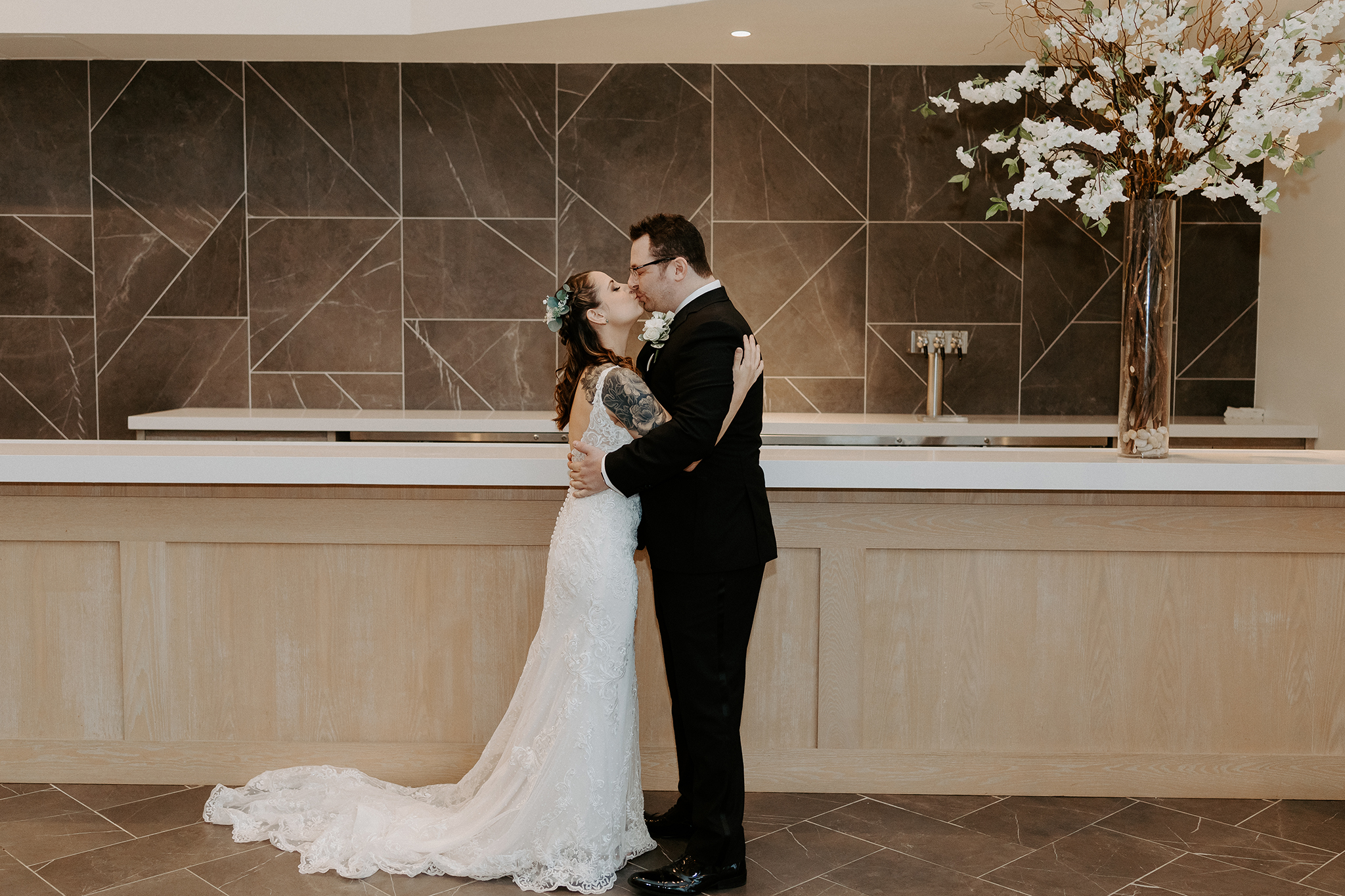 The Mill Lakeside Manor Wedding Why You Should Consider A First Look 016