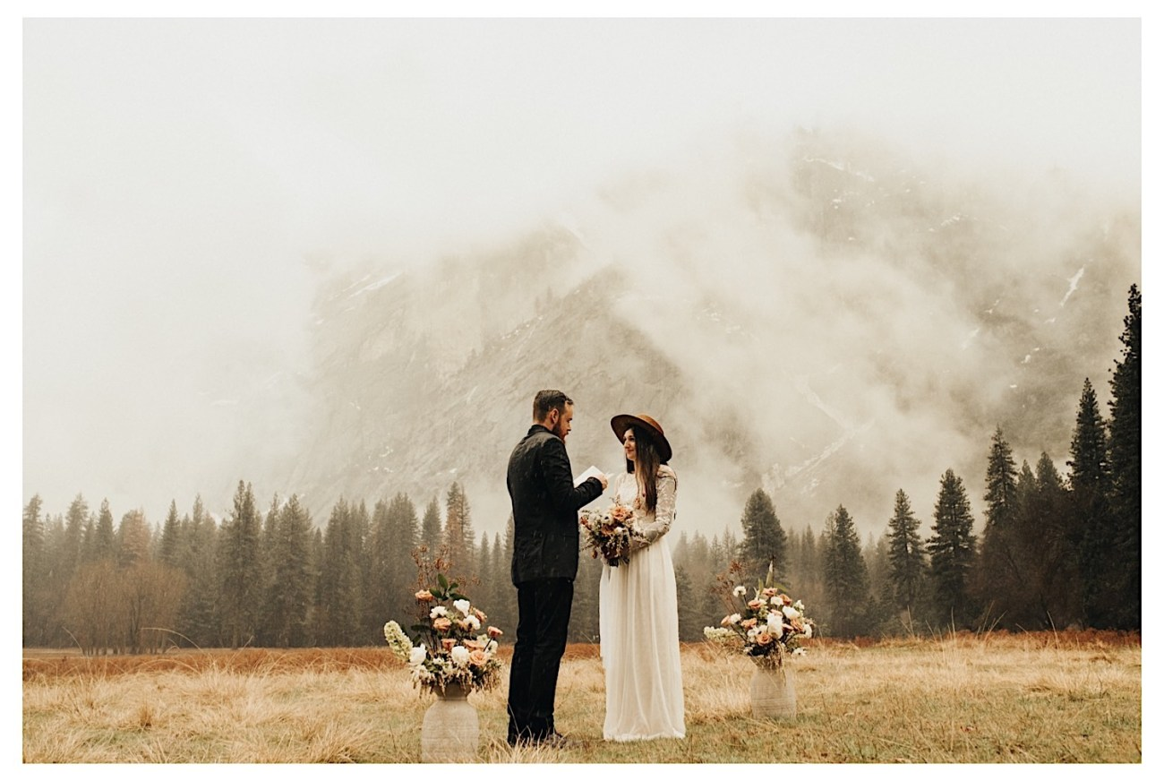 Reasons Why You Should Elope Top Reasons To Elope Elopement Photographer Yosemite National Park Elopement 008