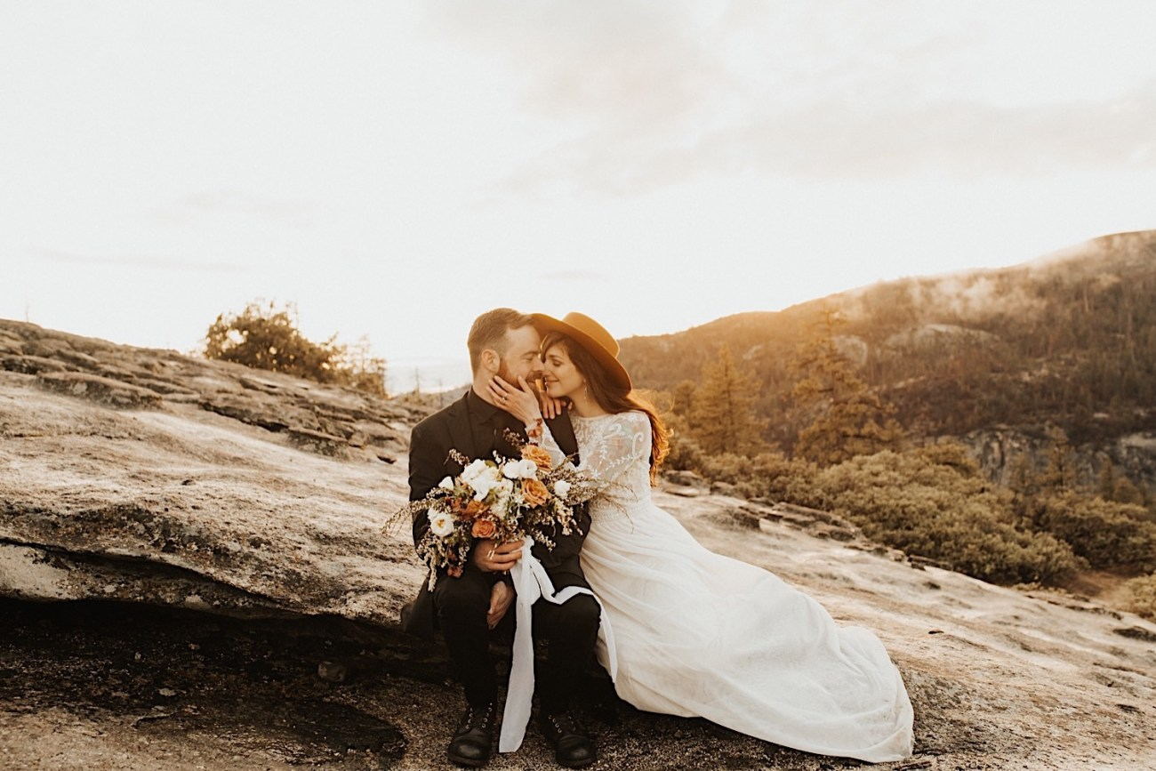 Reasons Why You Should Elope Top Reasons To Elope Elopement Photographer Yosemite National Park Elopement 023