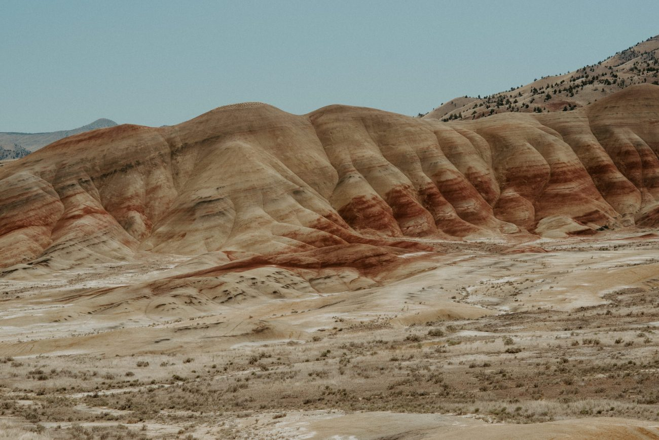 Painted Hills John Dy Fossil Beds National Monument Best Elopement Locations In Oregon Anais Possamai Photography 5