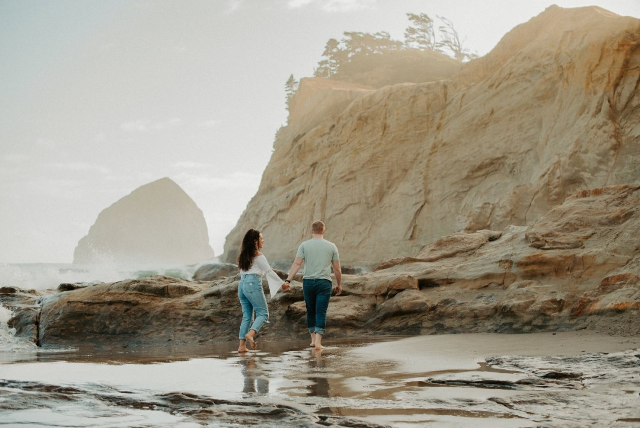 Cape Kiwanda Pacific City Oregon Couple Session Portland Wedding Photographer 002