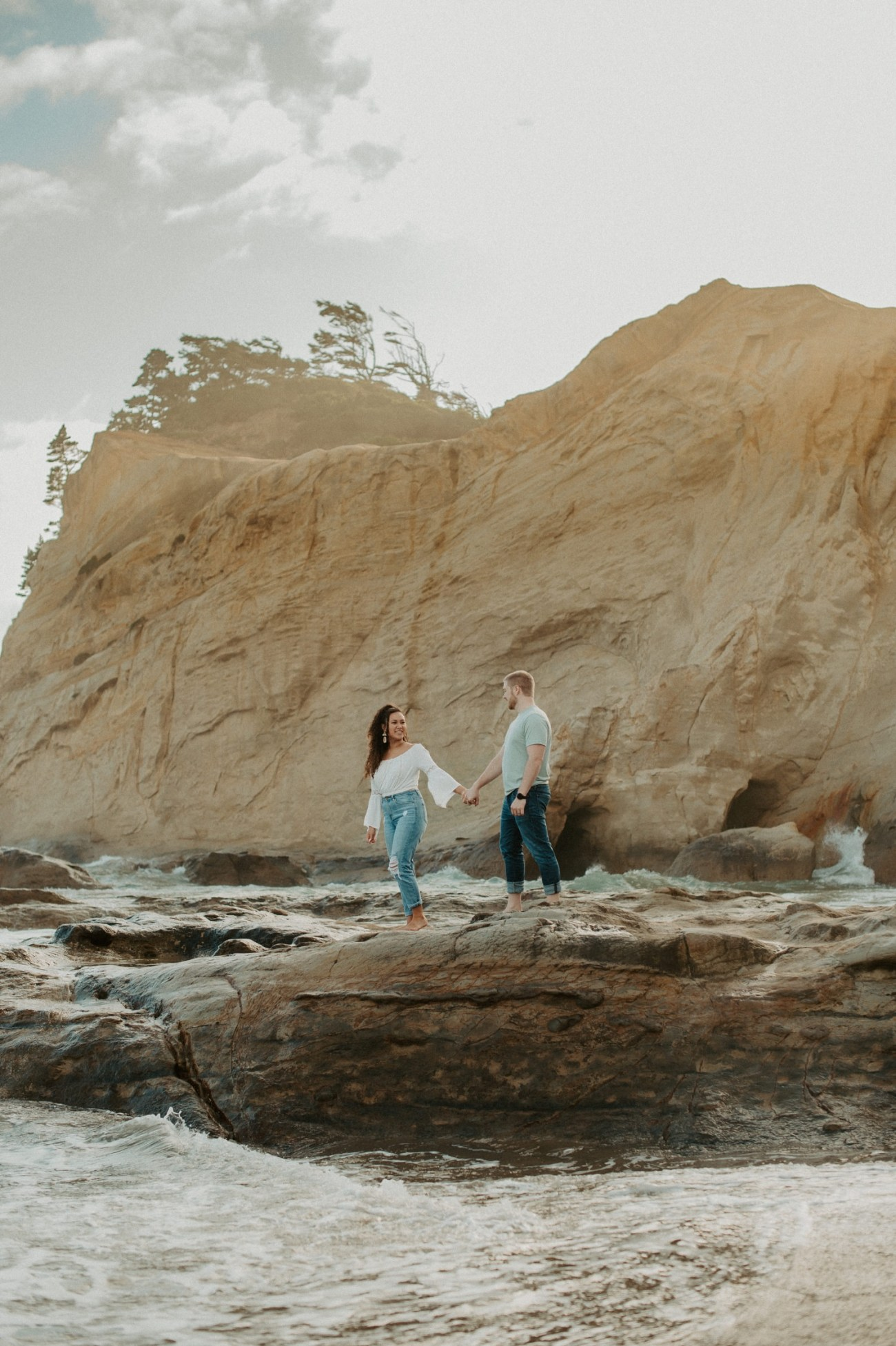 Cape Kiwanda Pacific City Oregon Couple Session Portland Wedding Photographer 003