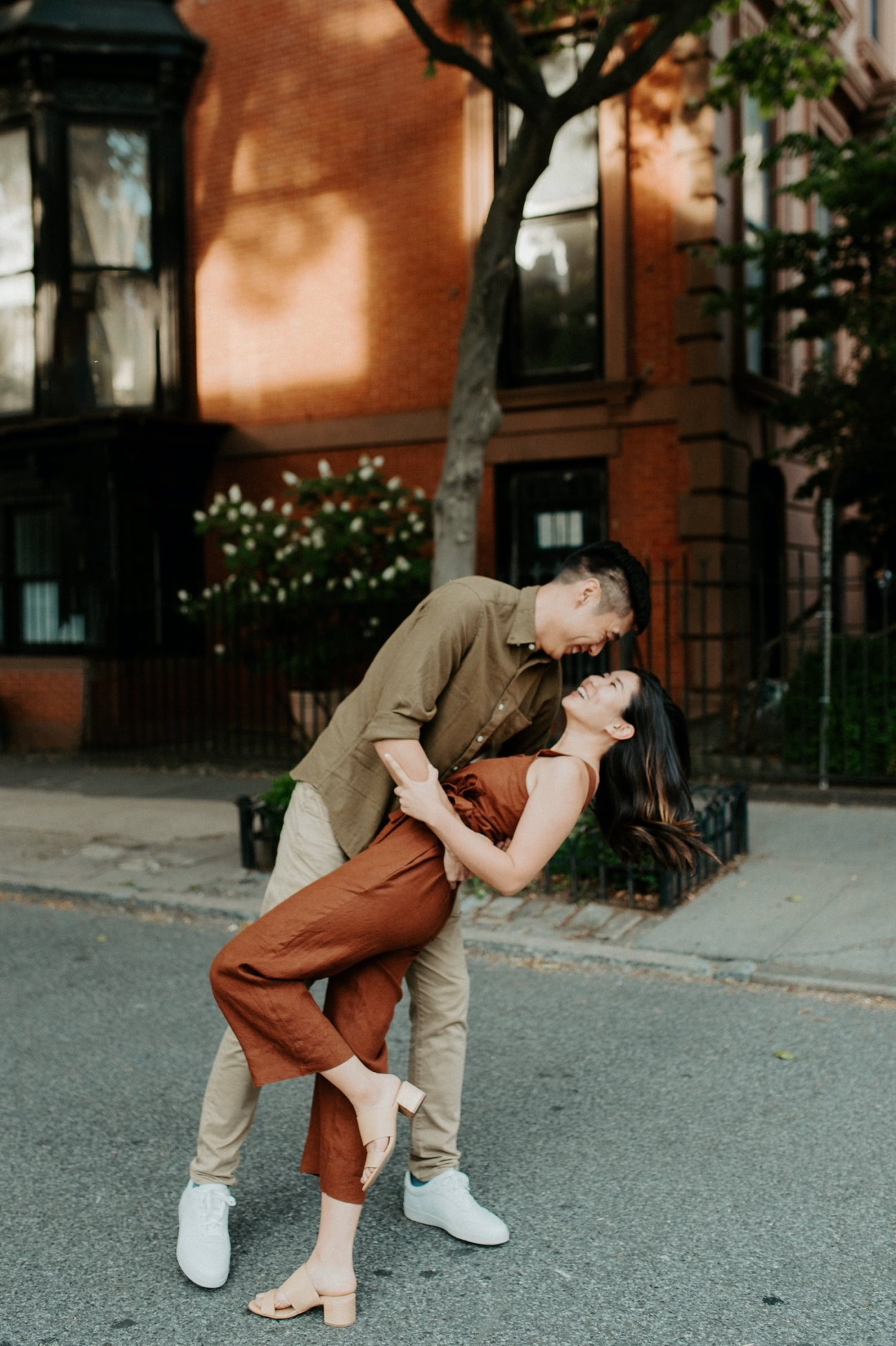 Fort Greene Brooklyn Engagement Session Brooklyn Wedding Photographer New York Wedding Photographer Anais Possamai Photography 003