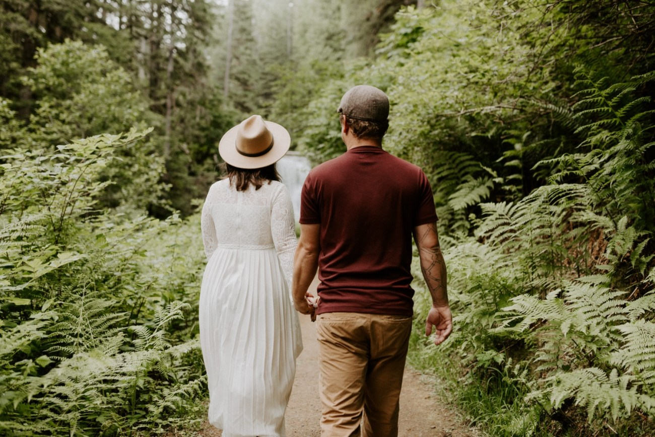 Silver Falls State Park Engagement Session North Falls Engagement Photos Portland Wedding Photographer Oregon Elopement Photographer Anais Possamai Photography 010