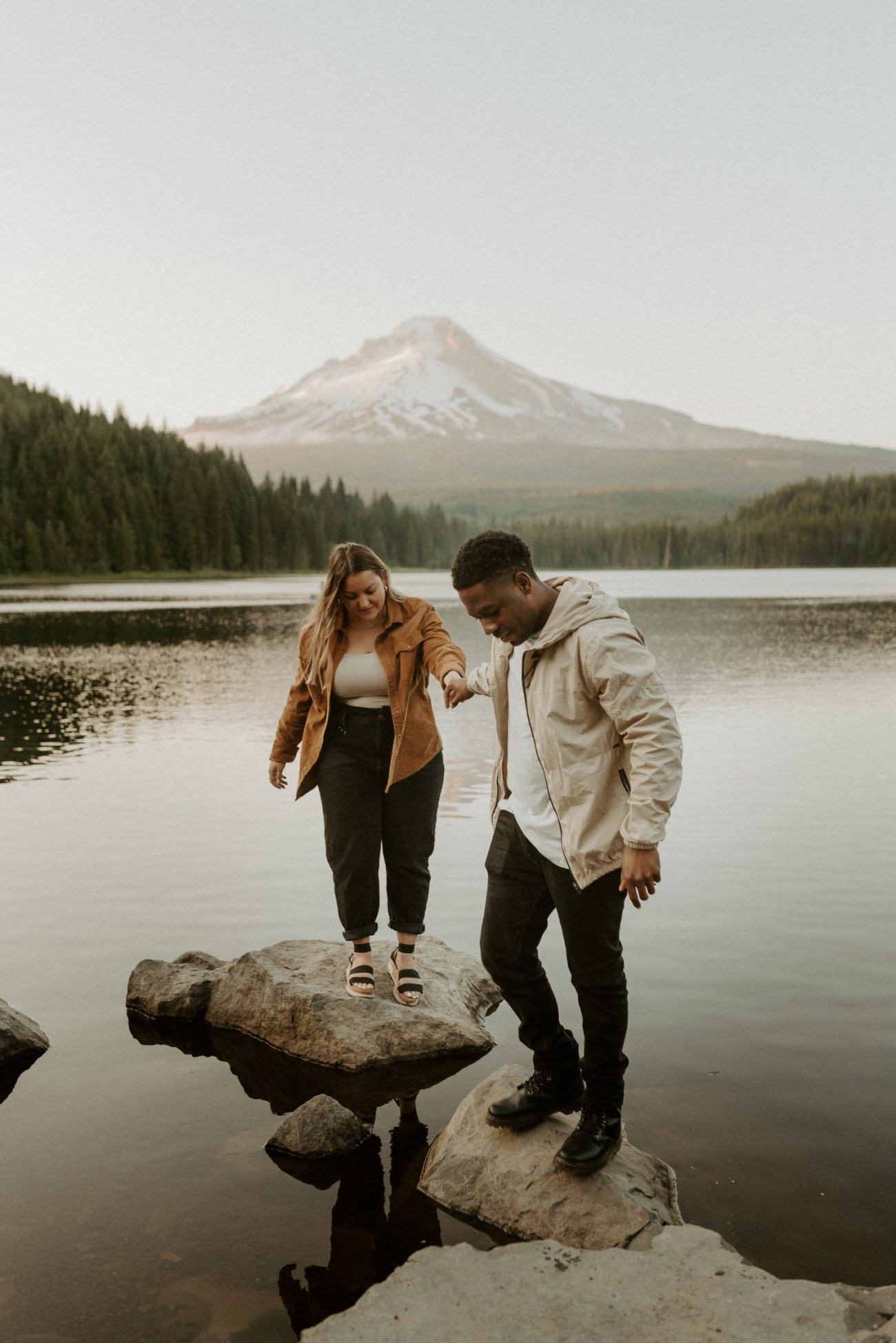 Trillium Lake Mount Hood Couple Session Engagement Session Portland Wedding Photographer Bend Elopement Photographer Anais Possamai Photography 029
