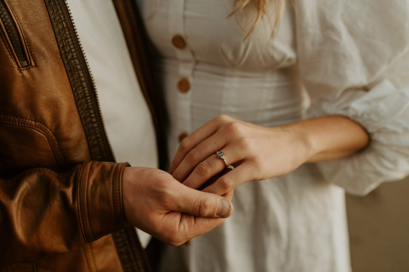 Yachats Oregon Coast Cape Perpetua Engagement Session Bend Wedding Photographer Anais Possamai Photography 043