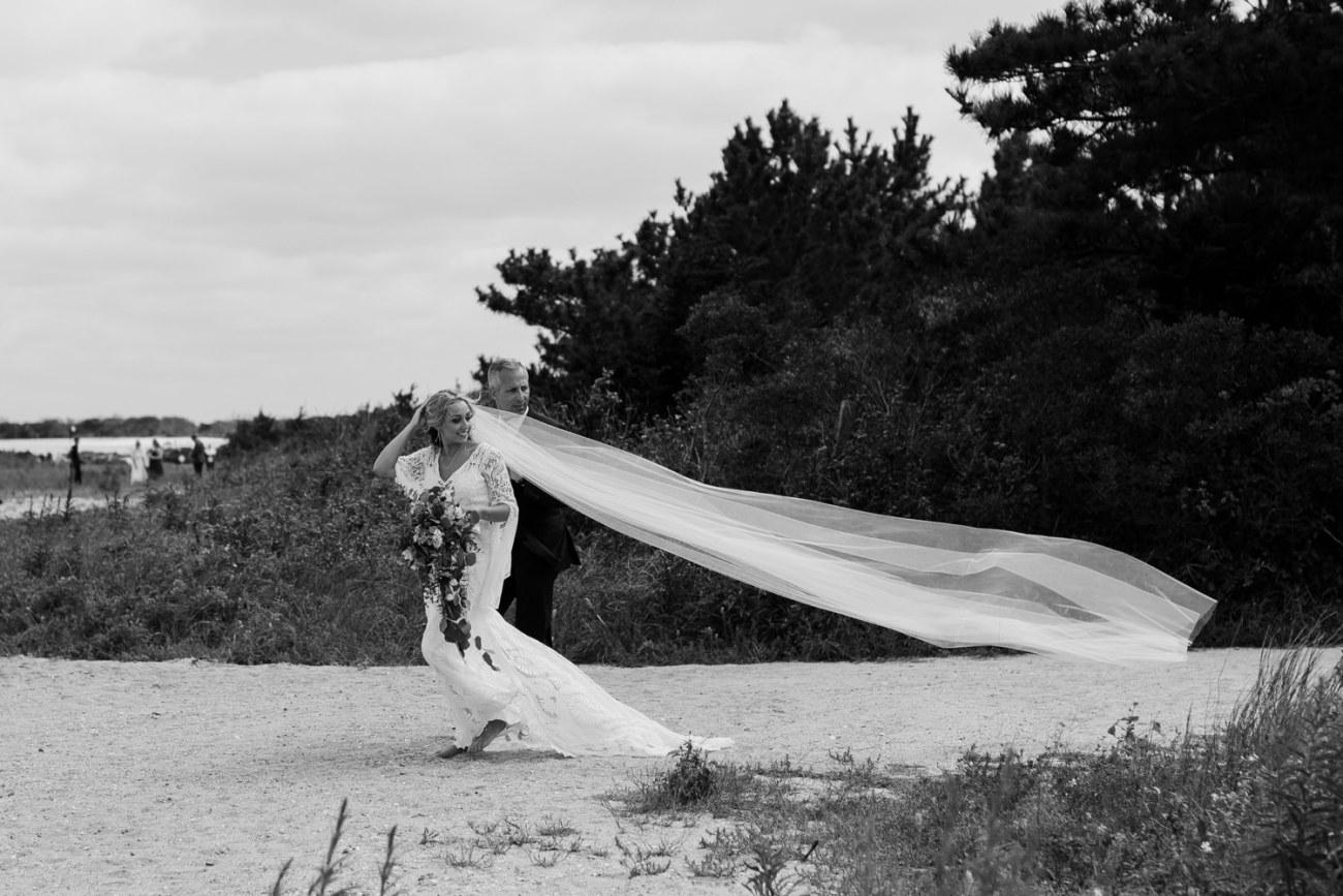 Long Beach Island Wedding Barnegat Lighthouse Wedding Ceremony New Jersey Wedding Anais Possamai Photography Oregon Wedding Photographer 0027