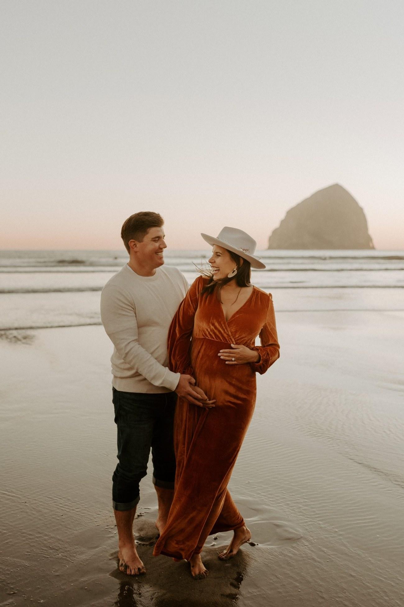Cape Kiwanda Maternity Session Pacific City Oregon Coast Maternity Session Bend Wedding Photographer Anais Possamai Photography 045