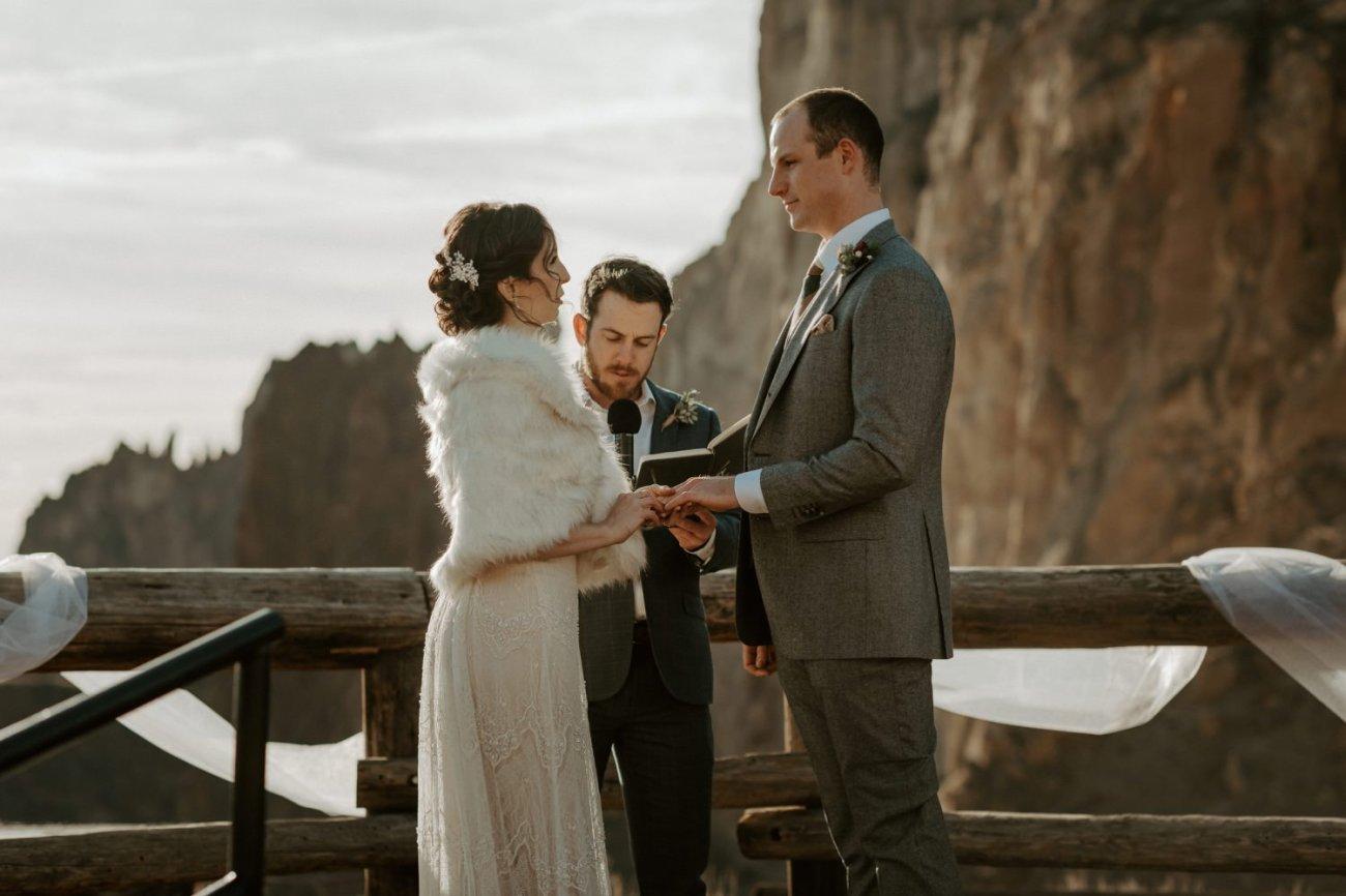Intimate Wedding In Smith Rock State Park Bend Oregon Wedding Photographer Anais Possamai Photography 013