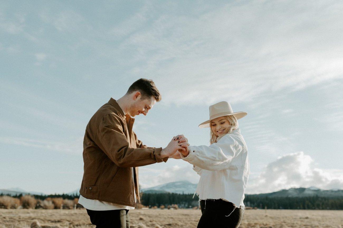 Black Butte Ranch Couple Session Bend Oregon Wedding Photographer Anais Possamai Photography 002