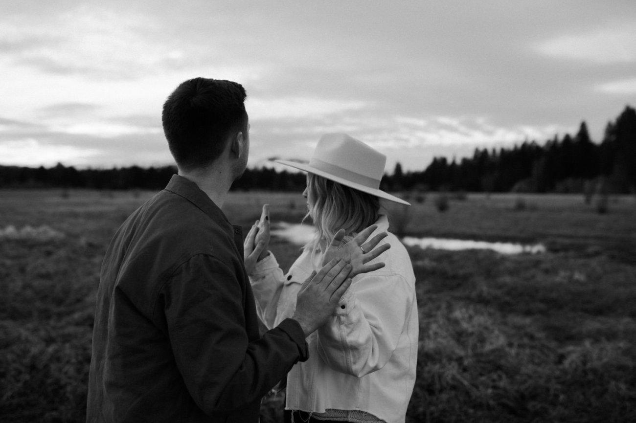 Black Butte Ranch Sisters Oregon Engagement Session Bend Wedding Photographer Anais Possamai Photography 017
