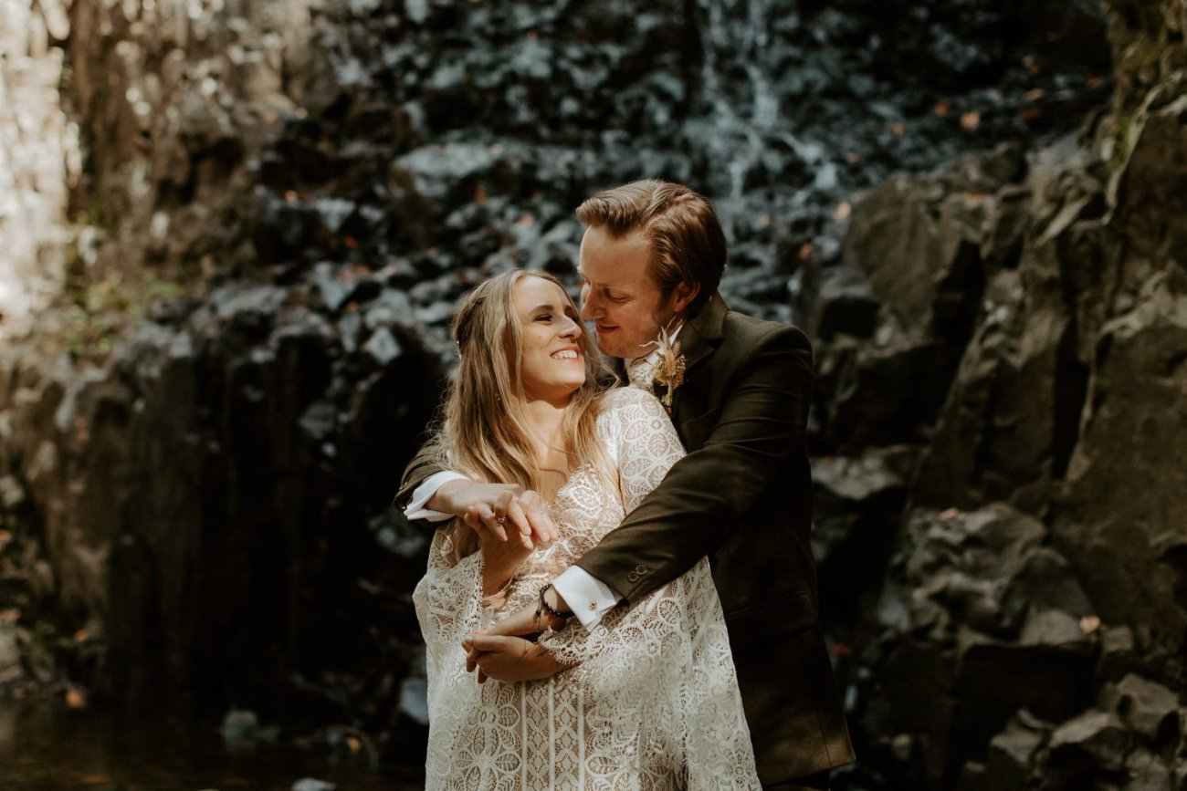 New Jersey Backyard Wedding Vintage Boho Wedding Hemlock Falls NJ Bend Oregon Wedding Phtographer Anais Possamai Photography 012