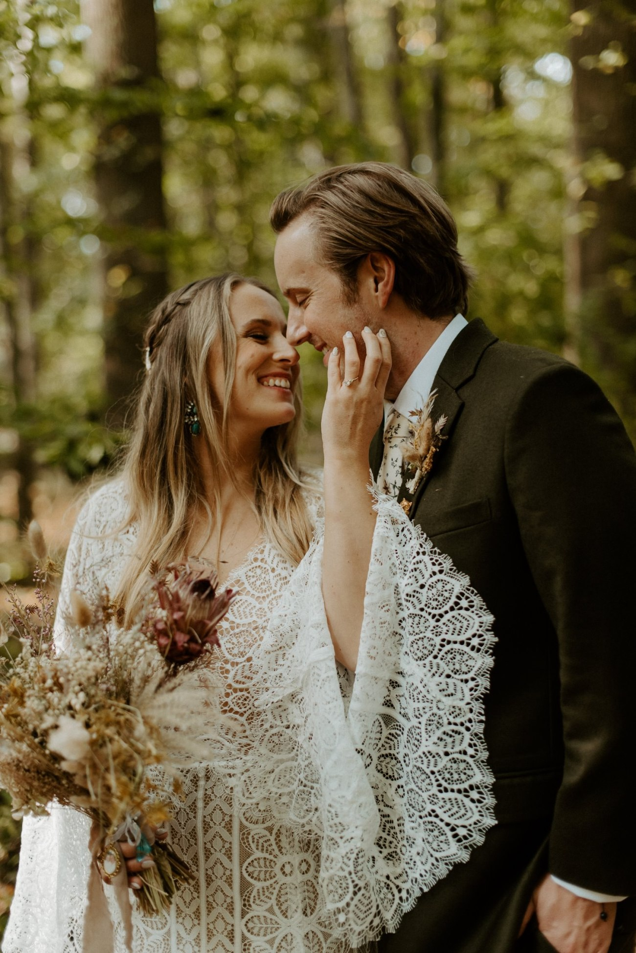 New Jersey Backyard Wedding Vintage Boho Wedding Hemlock Falls NJ Bend Oregon Wedding Phtographer Anais Possamai Photography 035