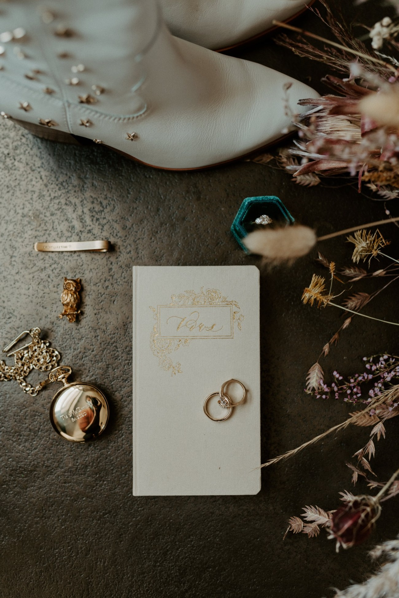 New Jersey Fall Backyard Wedding Bend Oregon Wedding Photographer Anais Possamai Photography 002