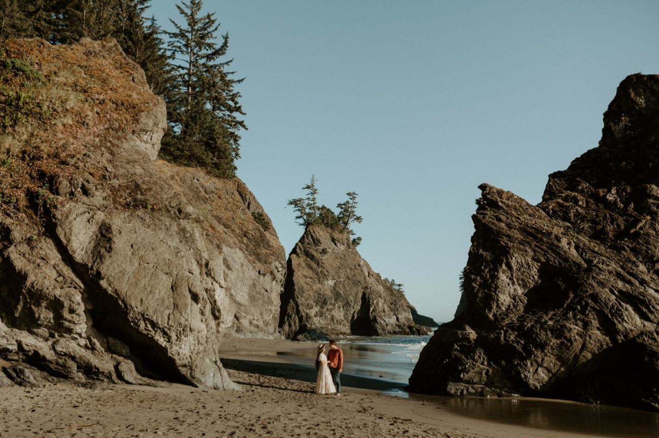Oregon Coast Brookings Engagement Session Anais Possamai Photography 13