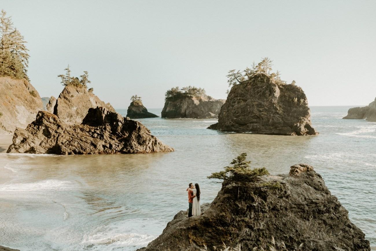 Oregon Coast Brookings Engagement Session Anais Possamai Photography 25
