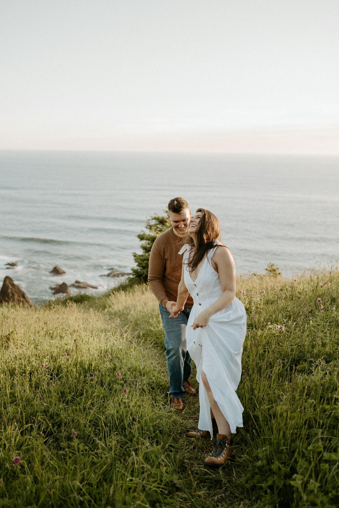 Oregon Coast Gods Thumb Engagement Session Bend Oregon Wedding Photographer Anais Possamai Photography 13