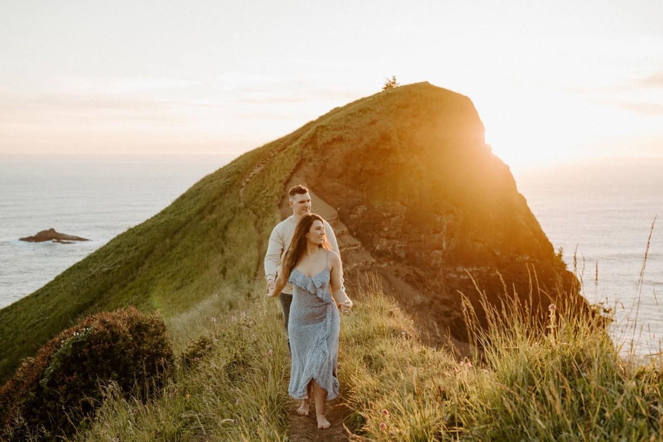 Oregon Coast Gods Thumb Engagement Session Bend Oregon Wedding Photographer Anais Possamai Photography 35