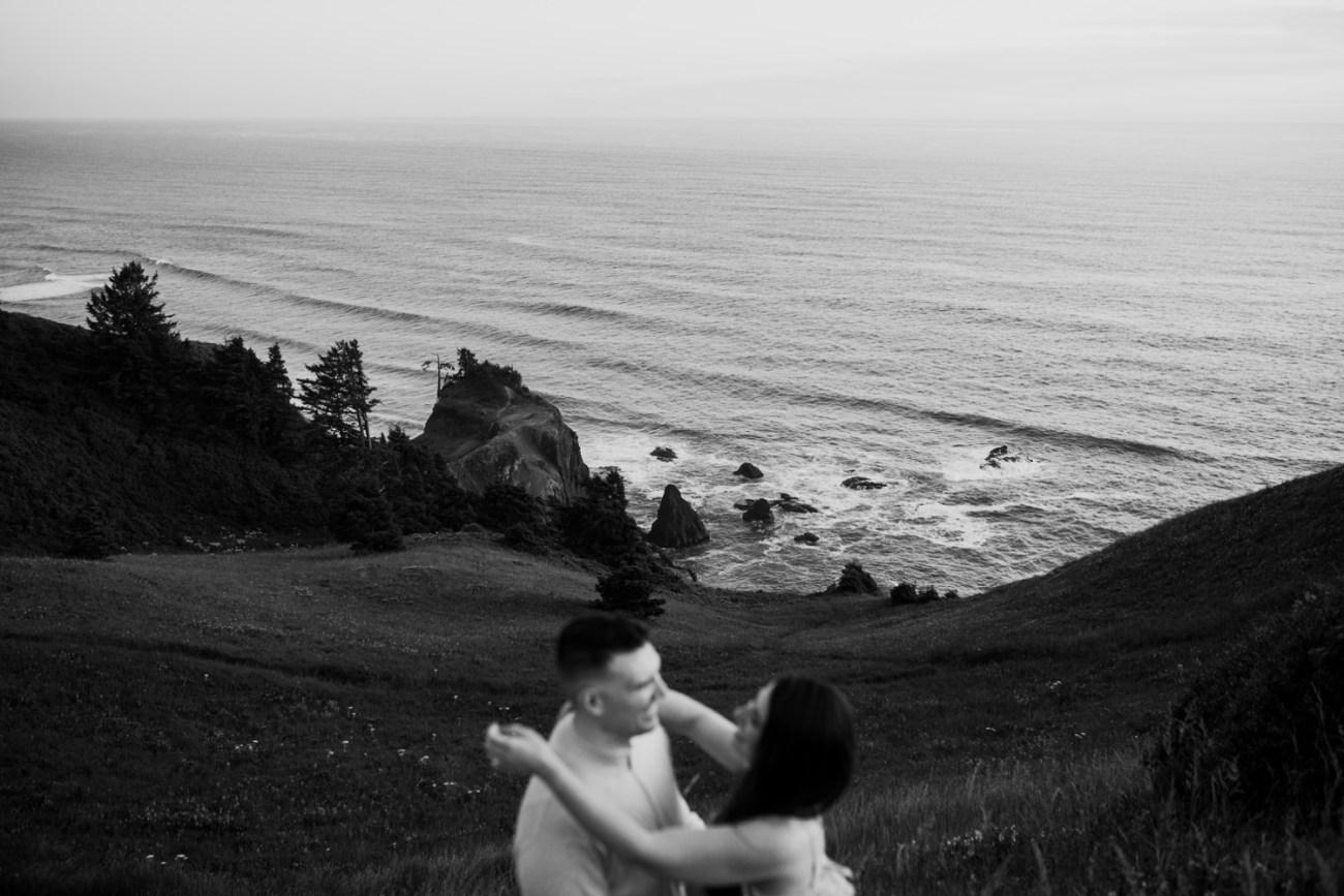 Oregon Coast Gods Thumb Engagement Session Bend Oregon Wedding Photographer Anais Possamai Photography 46
