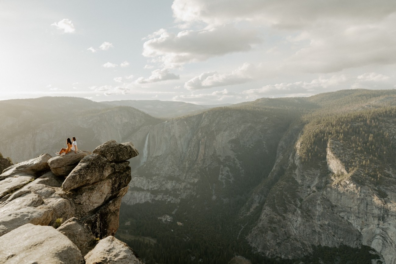 Sunset Yosemite Glacier Point Engagement Session Anais Possamai Photography 02