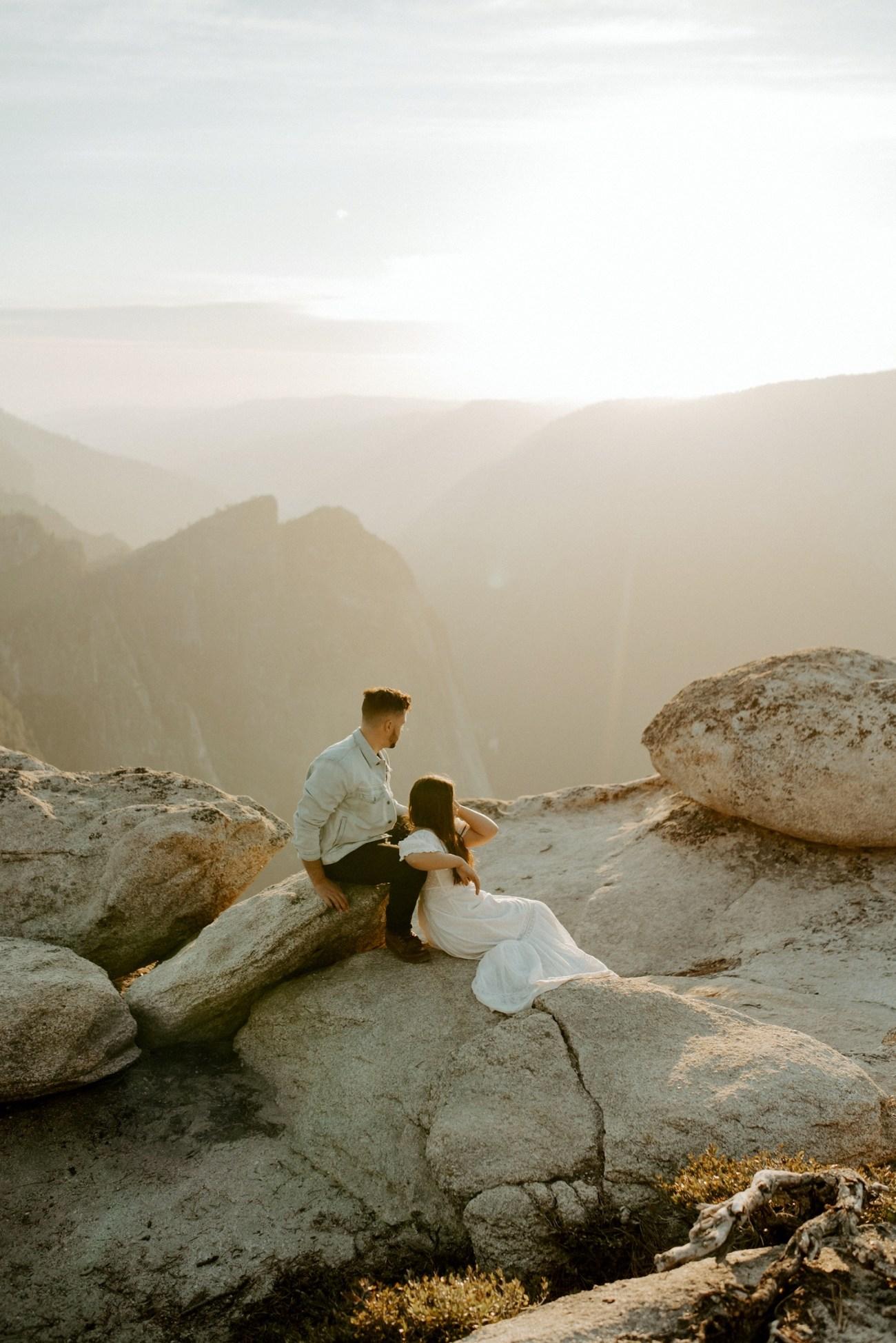 Yosemite Taft Point Engagement Session California Wedding Photographer Anais Possamai Photography 26