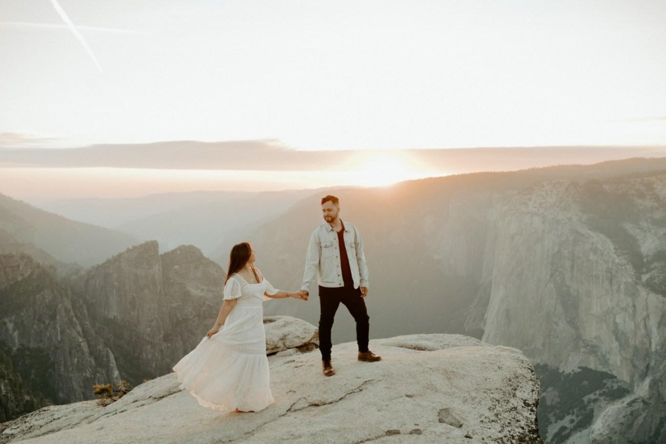 Yosemite Taft Point Engagement Session California Wedding Photographer Anais Possamai Photography 34